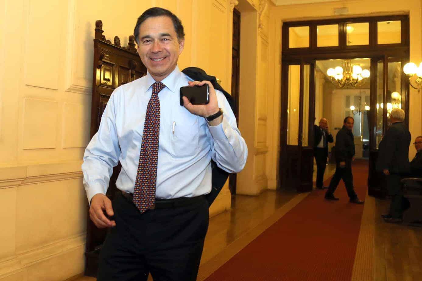 Diputado Norambuena asegura que Política Nacional de Medicamentos aliviará el presupuesto familiar