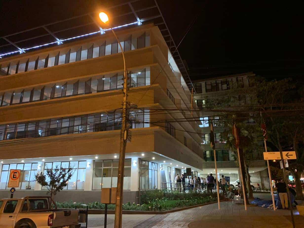 A municipio lleno se inicio atención nocturna en Los Ángeles
