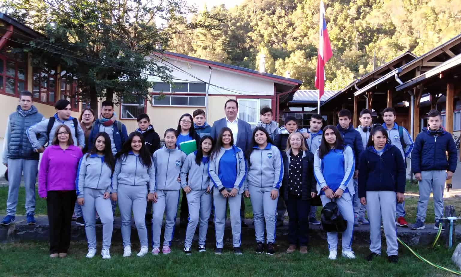 21 alumnos de Antuco viajarán a Argentina gracias a alianza con autoridades de El Cholar