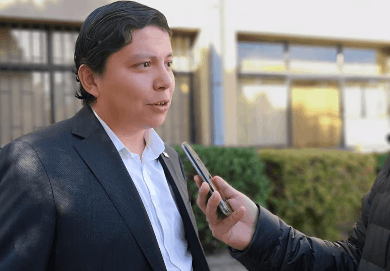Gobernador y eventual postulación a alcalde por Los Ángeles: «no descarto ser candidato»