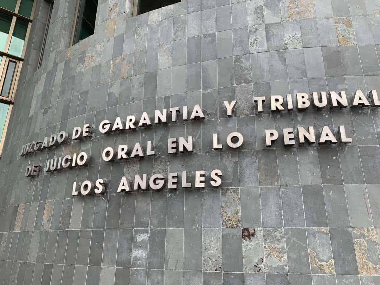 Abogado Carlos Poblete jura como juez en el Juzgado de Los Ángeles