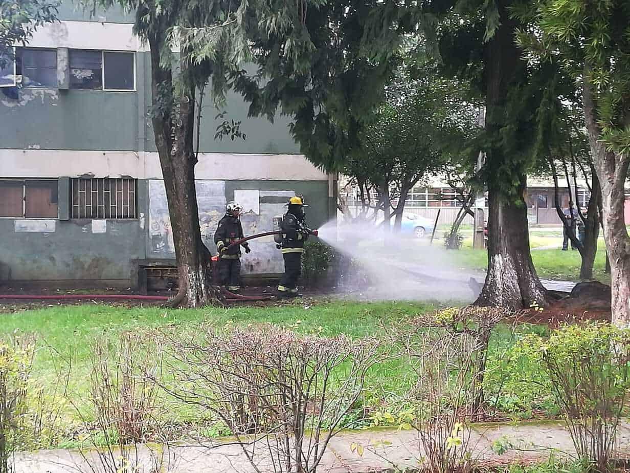 Fuerte emanación de gas atemoriza a vecinos de la plaza Pinto