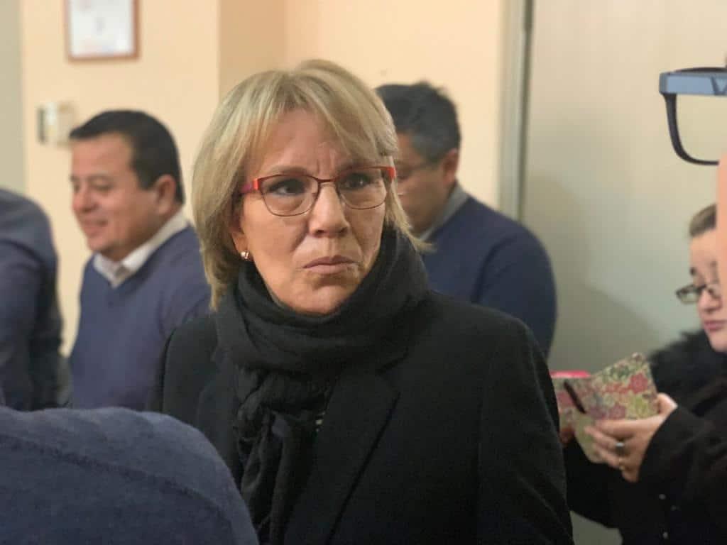 Ex Gobernadora se mantiene grave tras compleja cirugía