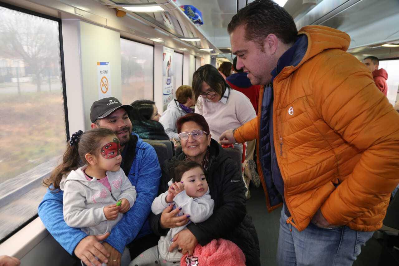 Tren Turístico Corto Laja dedica su viaje para celebrar el Día del Niño