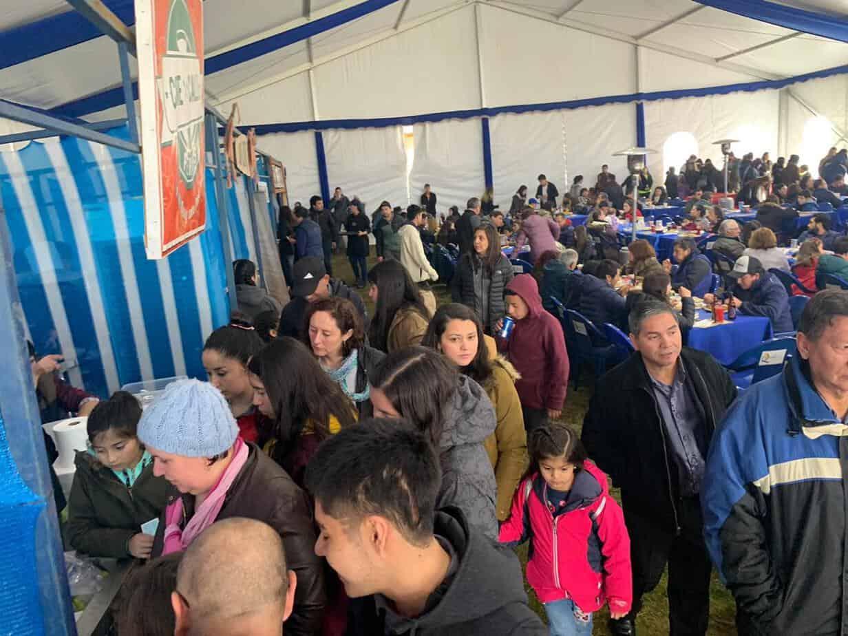 Con un lleno total se realiza la Feria Raíces y Sabores Angostura del Biobío