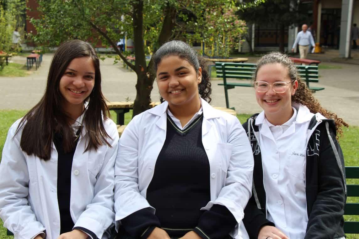 Liceos angelinos reciben alumnos brasileños de intercambio