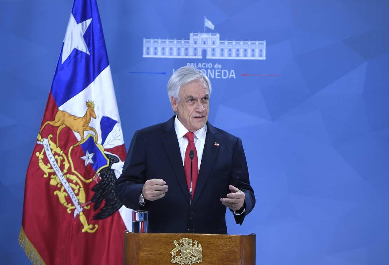 Presidente Sebastián Piñera anuncia agenda social y pide perdón por su «falta de visión»