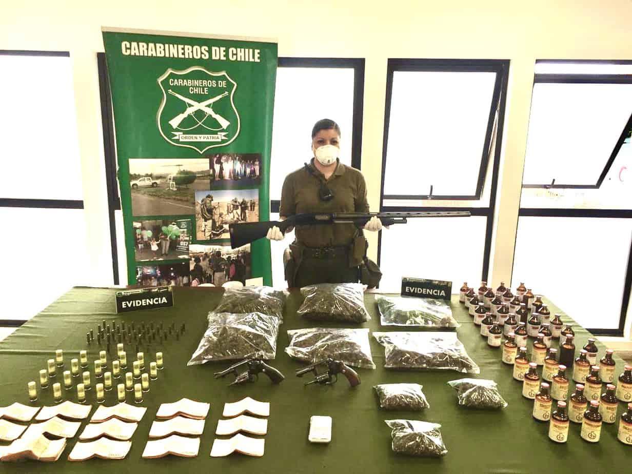 """OS7 detiene a dos personas con dos kilos de """"cogollos"""" y armas en Cabrero"""