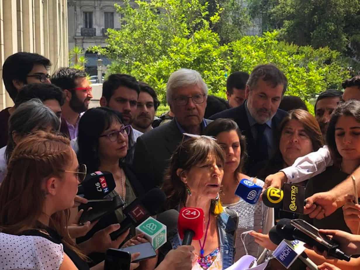 Diputados de oposición anuncian que presentarán proyecto que prohíbe el uso de balines y perdigones por parte de las policías
