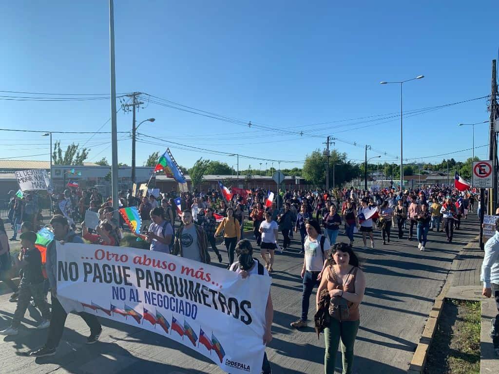 Multitudinaria manifestación marca la jornada de este viernes en Los Ángeles
