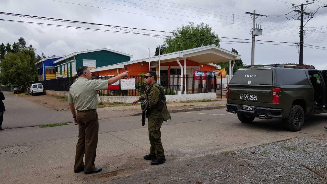 Gobierno suspende clases en 9 jardines de Mulchén ante alarma de bomba: Gope en el lugar