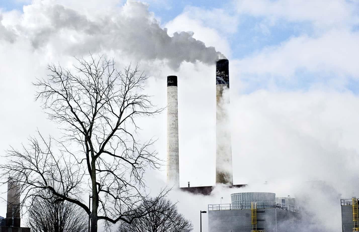 Cámara pide al Presidente que explique el plan con el cual cerrará las termoeléctricas a carbón