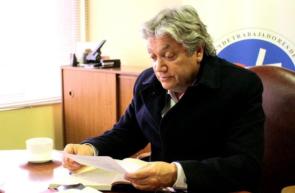 """Senador Navarro y Proyecto Anti Paraísos Fiscales: """"Piñera traiciona su propio discurso al sacar de Chile sus dólares"""""""