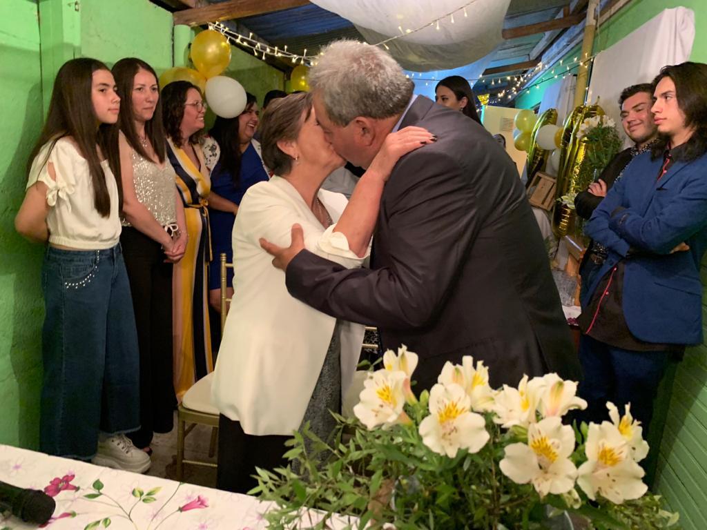 """Matrimonio angelino cierra el 2019 con sus """"Bodas de Oro"""""""