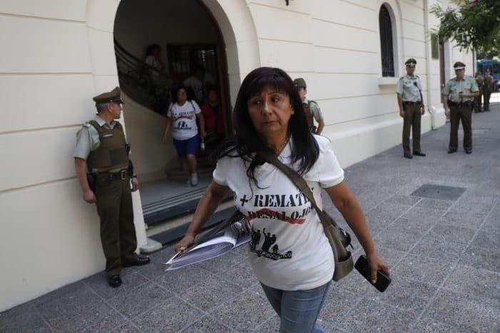 Gobierno se querella contra Roxana Miranda por llamado a funar a diputados en sus domicilios