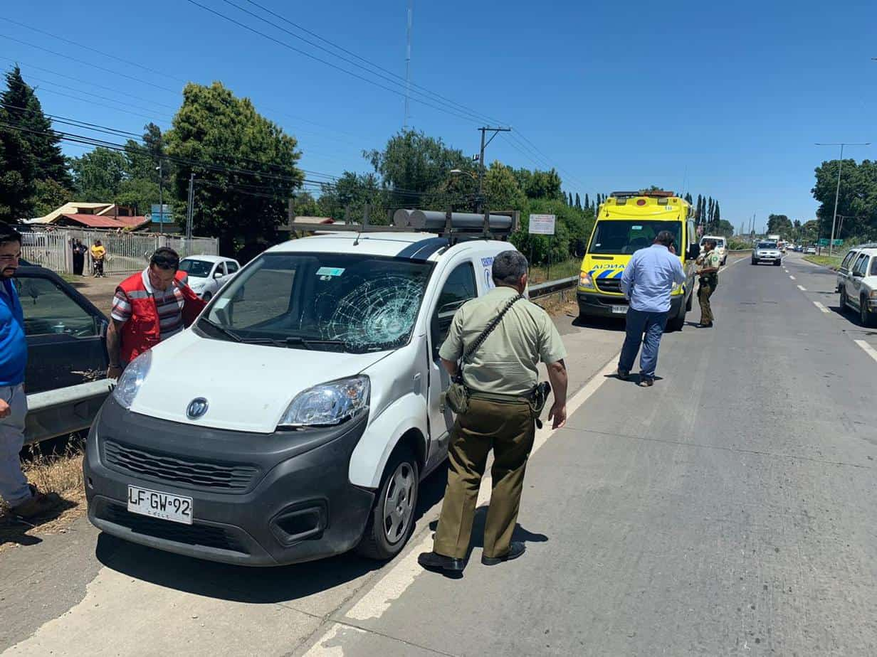 Vehículo de Essbio protagoniza atropello en avenida Las Industrias