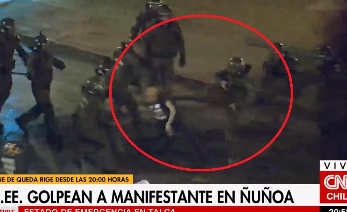 En prisión preventiva quedan 5 de los 12 carabineros acusados por torturas en Plaza Ñuñoa