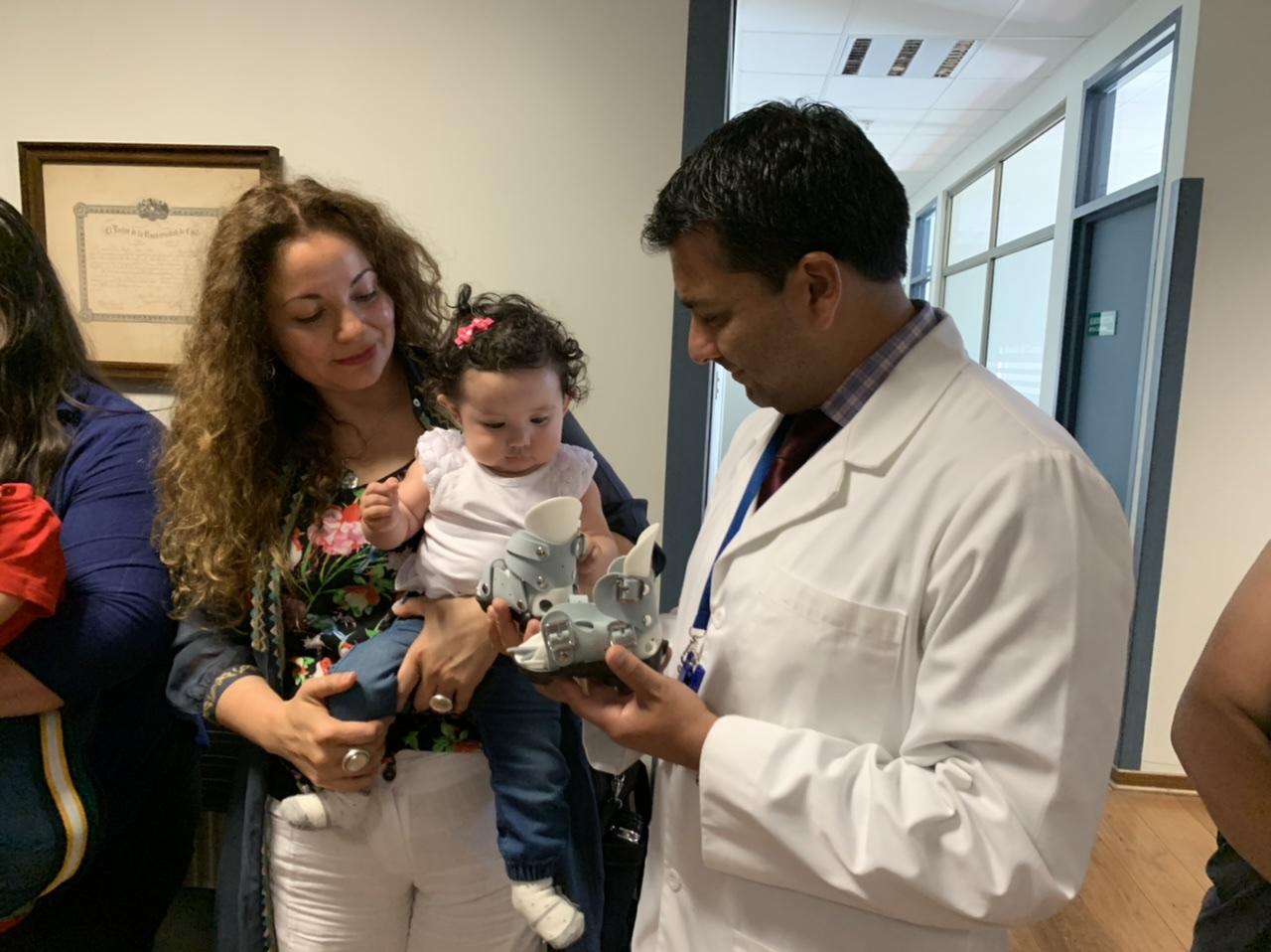 Rotary dona primer banco de órtesis del país para niños con pie bot al Hospital de Los Ángeles
