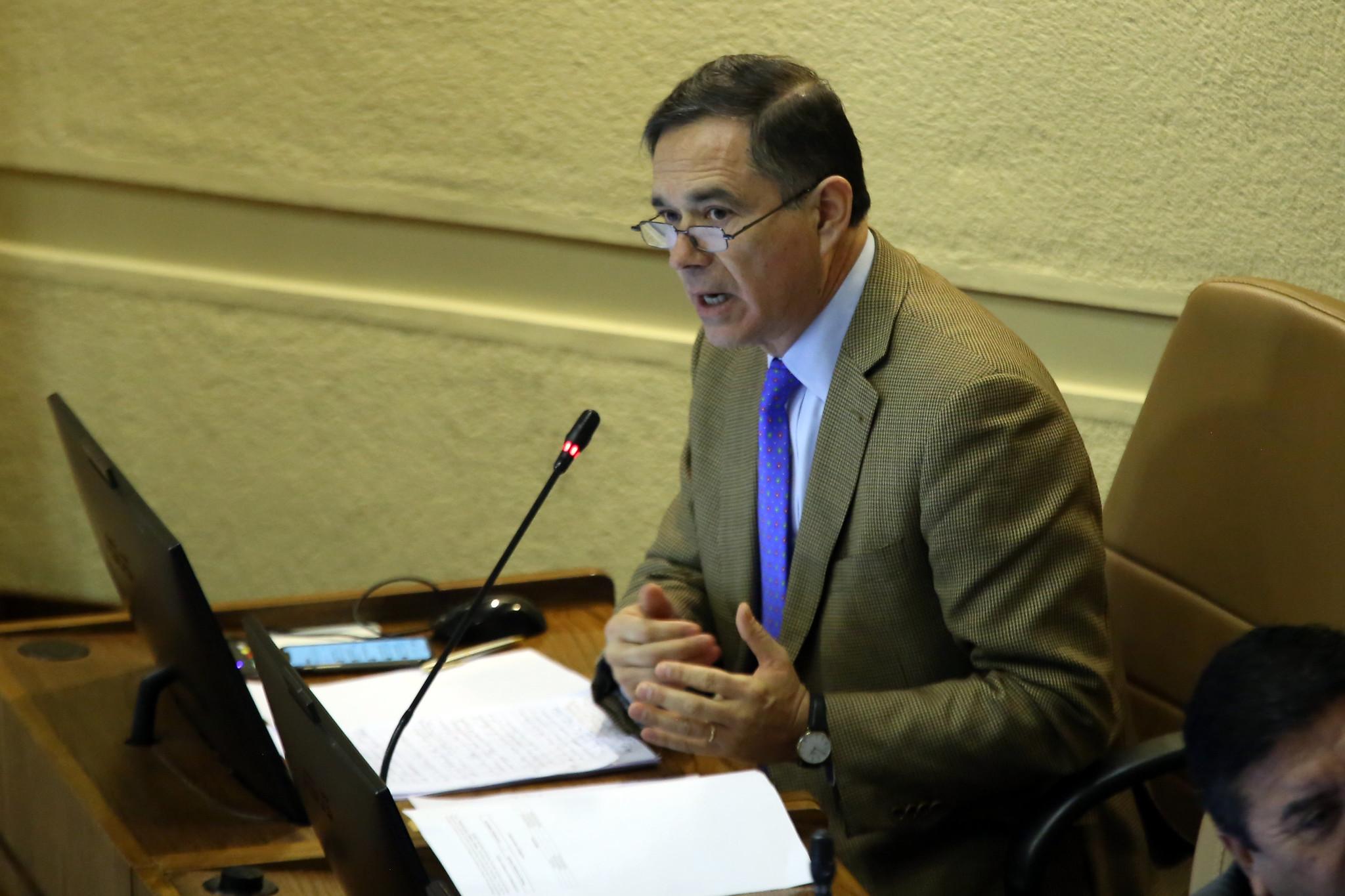 Diputado Norambuena y suspensión de la PSU: «Es un atentado a las familias de Chile»