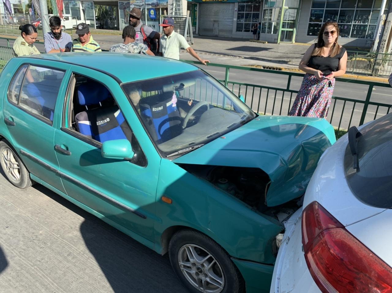 Colisión múltiple involucra a 4 automóviles en Los Ángeles