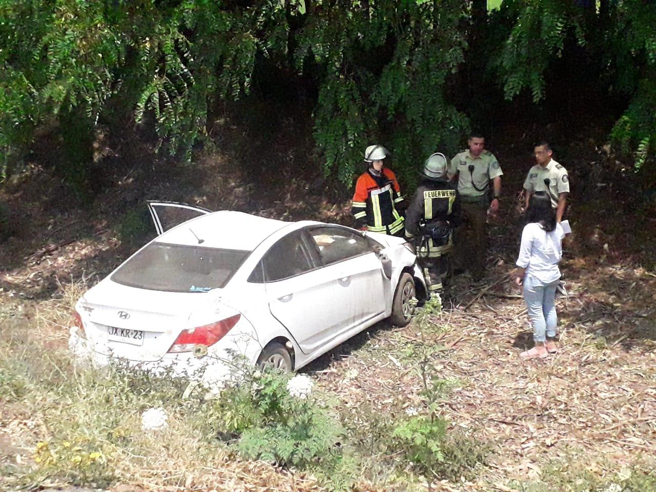 Vehículo desbarranca camino a Santa Fe: 3 lesionados