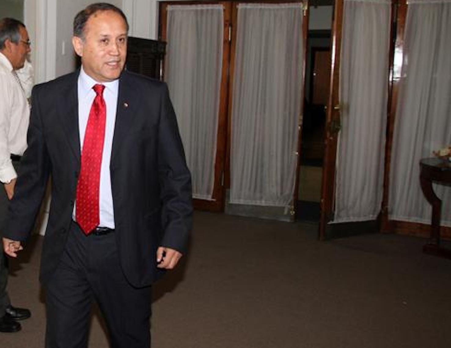 Ex gobernador a Ossandón por aprobar nueva Constitución: «Está caminando en la dirección contraria a La Moneda»