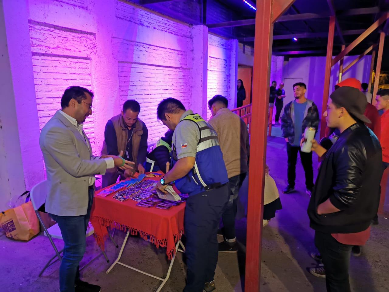 Realizan operativo de test de VIH en Club Urbanos