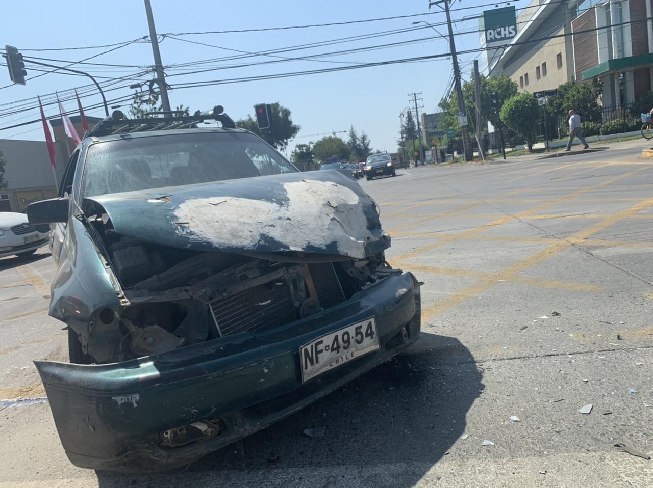 Un lesionado deja accidente de tránsito en Los Ángeles