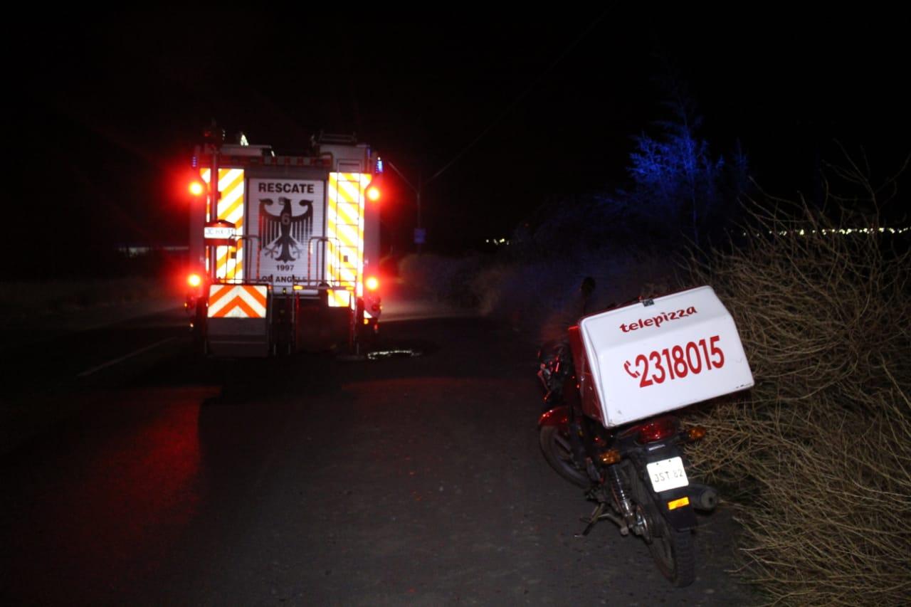 Repartidor de Pizza queda herido tras colisionar con automóvil
