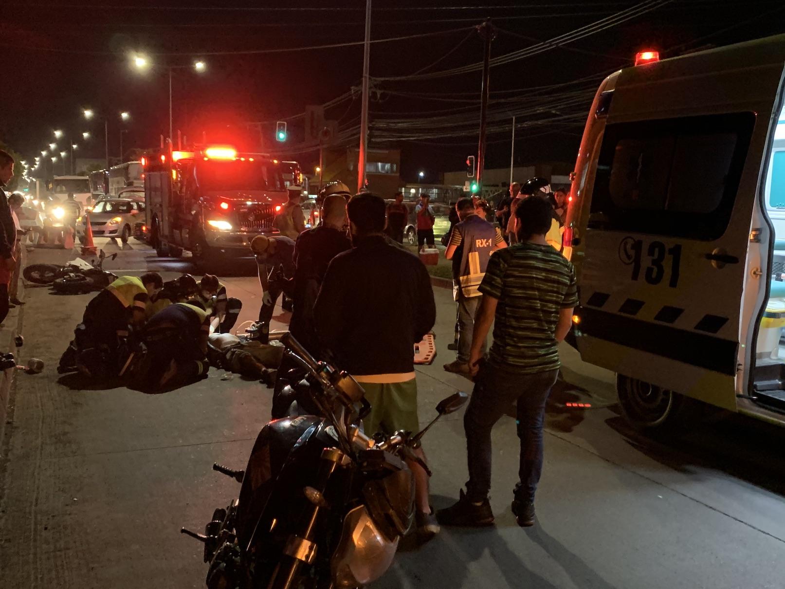 Pese a los esfuerzos falleció motorista impactado automóvil en Los Ángeles