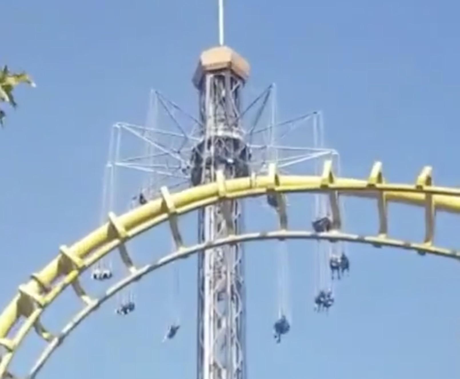 🎬 Falla en juego de Fantasilandia deja a personas a 25 pisos de altura por 20 minutos