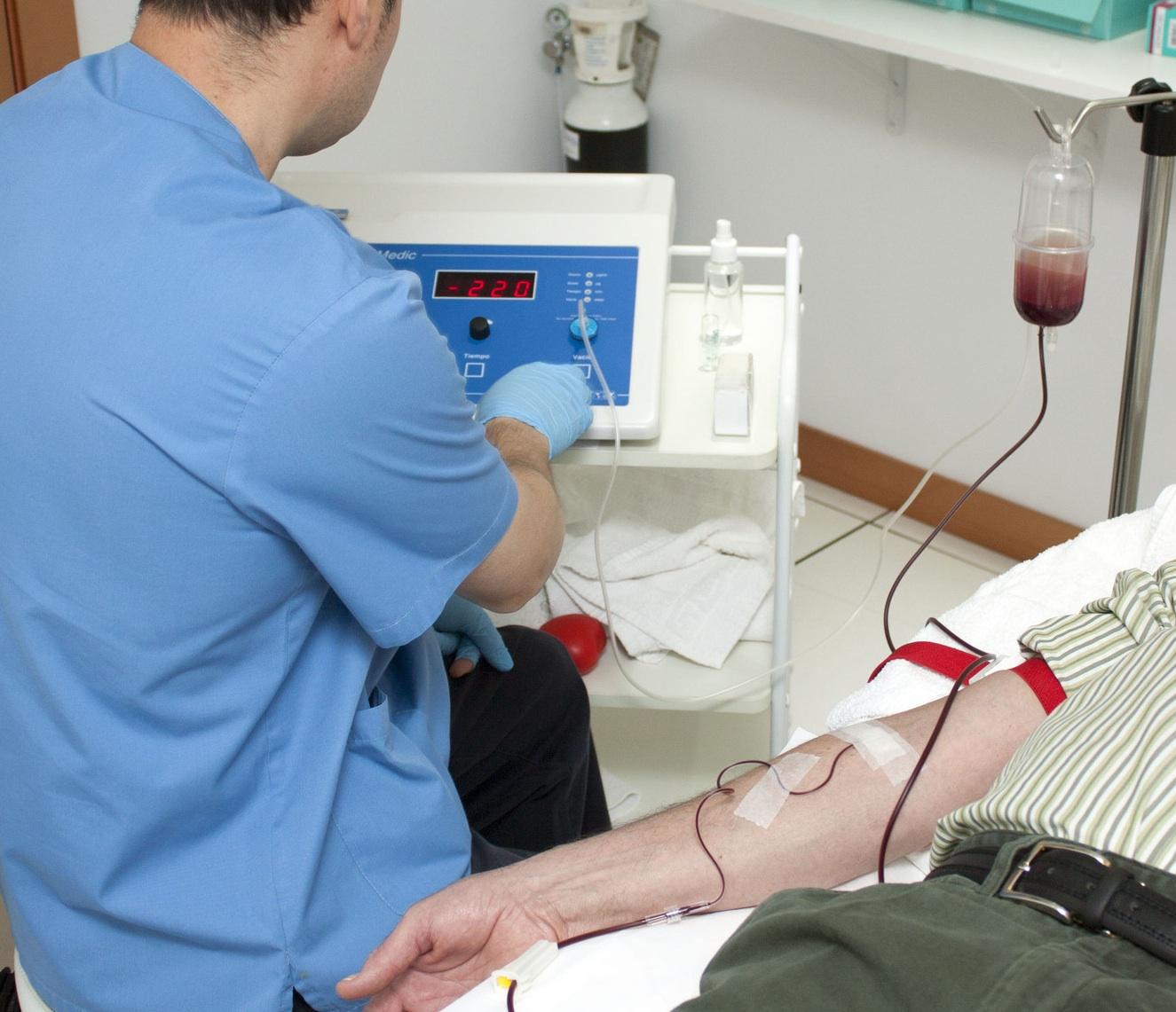 Corte de Santiago autoriza transfusión de sangre a paciente Testigo de Jehová en riesgo vital