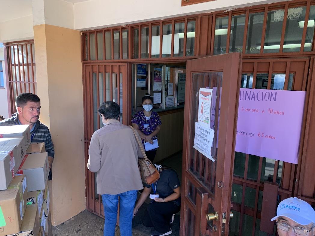 Al mediodía podrían llegar las vacunas para la influenza a Los Ángeles