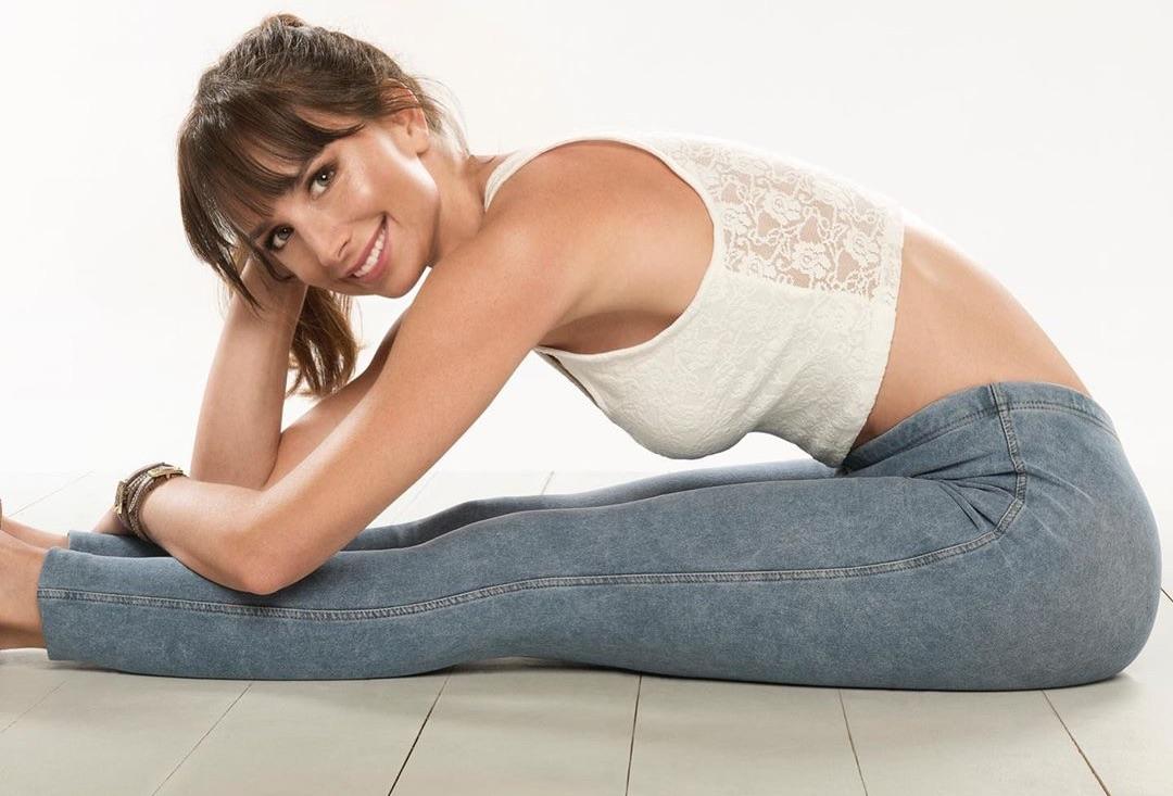 Actriz María José Prieto coopera con la cuarentena y hará clase de Yoga a las 11ºº