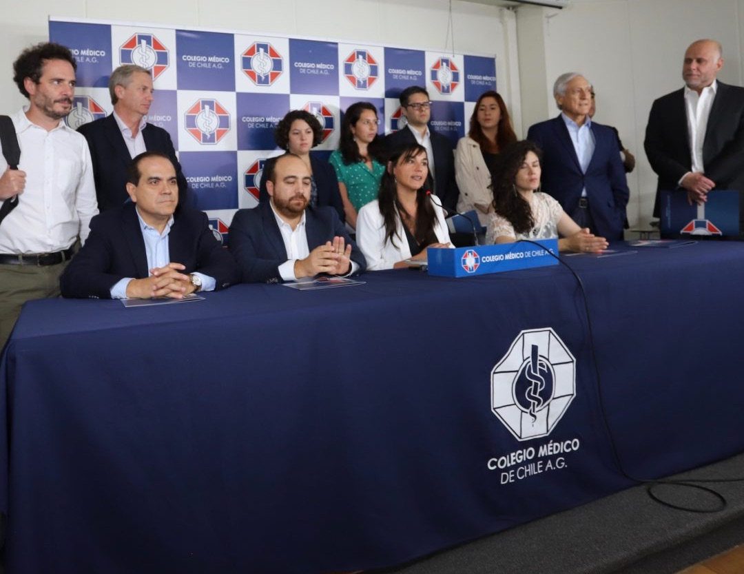 Partidos políticos se abren a reprogramar el plebiscito por coronavirus