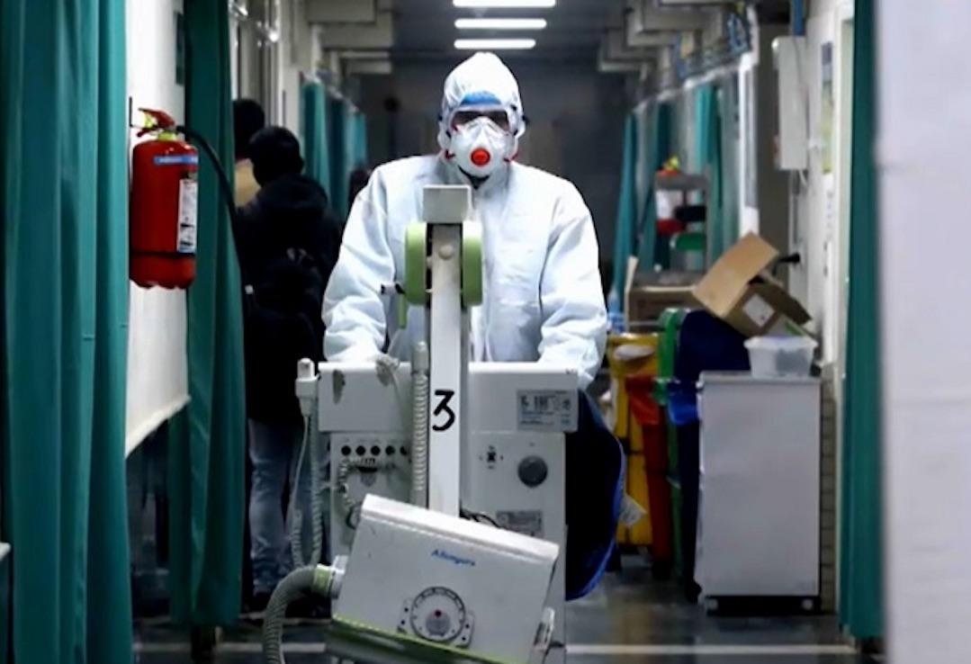 Preocupación por médicos de Los Ángeles sospechosos de Covid-19 que atendieron más de 30 pacientes