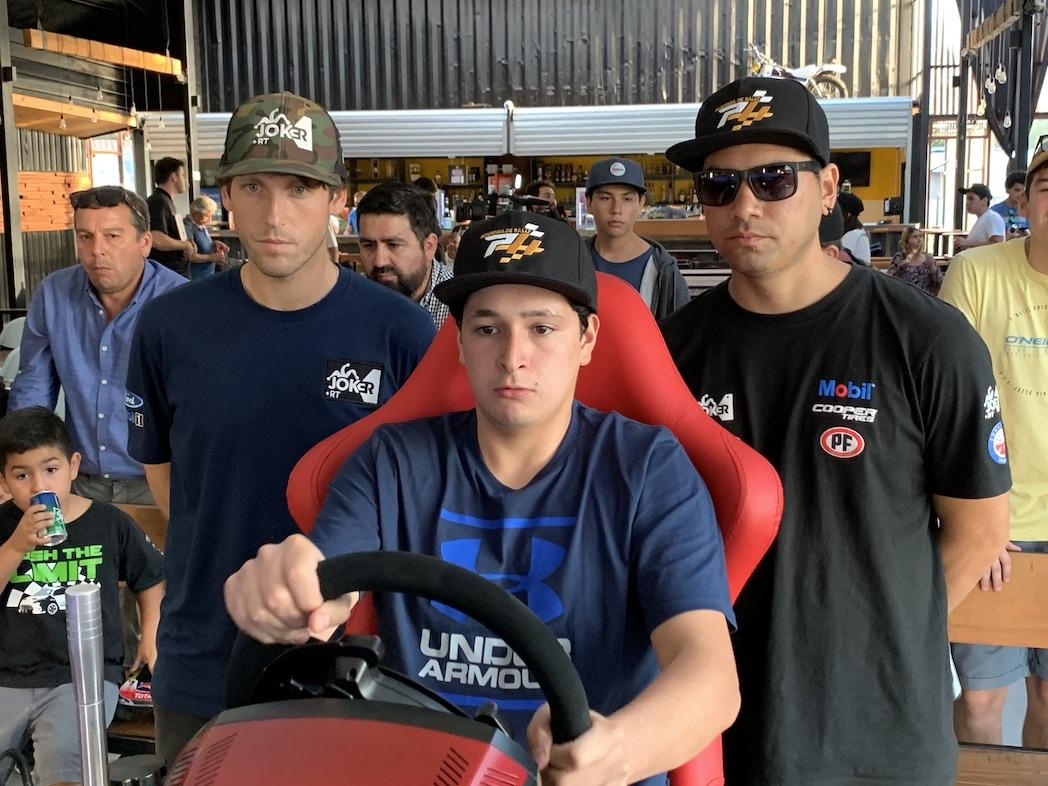 Rally: Más de 40 jóvenes de Los Ángeles buscan un cupo en el Team Joker