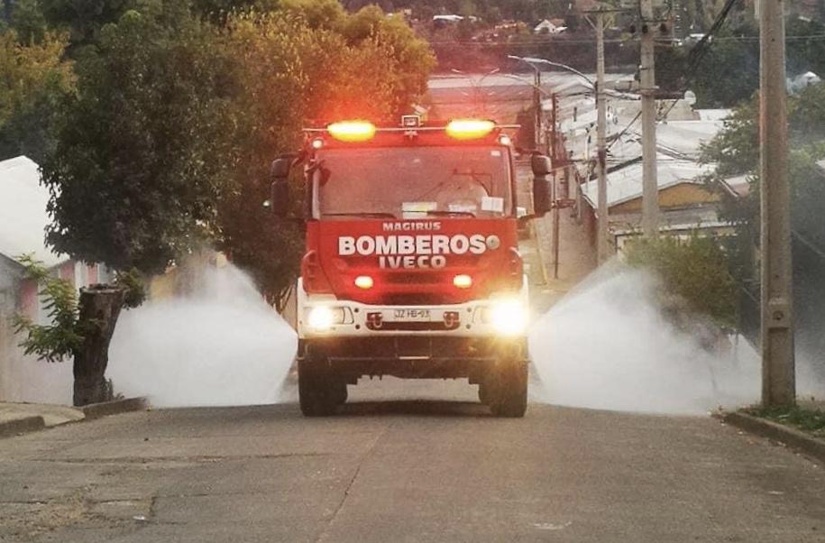 Alcalde de San Rosendo reconoce trabajo de Bomberos en sanitización de la comuna