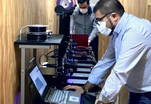 Inacap Los Ángeles desarrolla escudo facial con impresora 3D para funcionarios de la salud