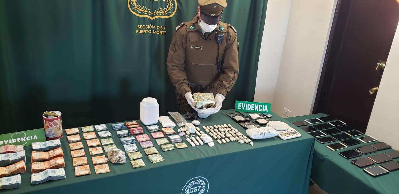 Golpe al narco: Desbaratan banda en el sur de Chile: Drogas, armas y más de 32 millones incautados