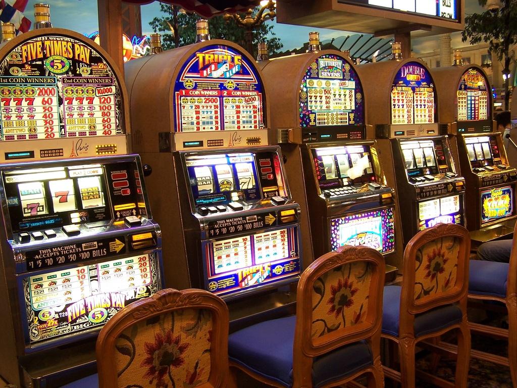Minsal busca cómo cerrar los «Casinos Populares» en el Biobío ante vacíos legales