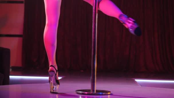 Minsal inicia sumario a Night Club de Los Ángeles: Realizaban un «Tele Show»