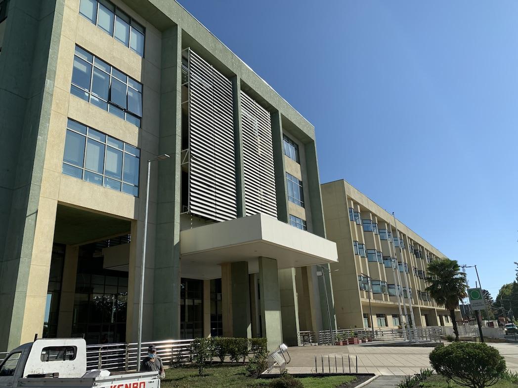 Nuevamente funcionario del Hospital de Los Ángeles da positivo para Covid-19