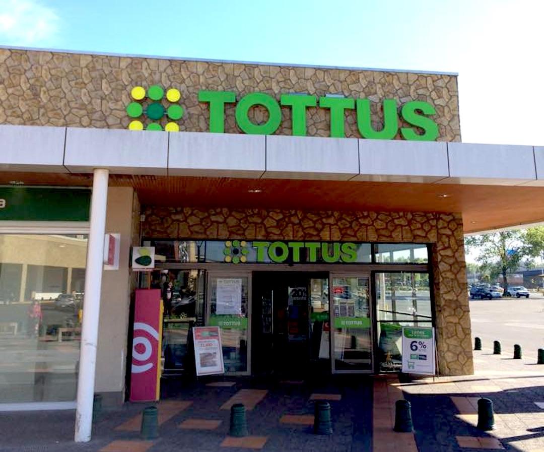 Concepción: Minsal decreta prohibición de funcionamiento a Tottus por caso de Covid-19
