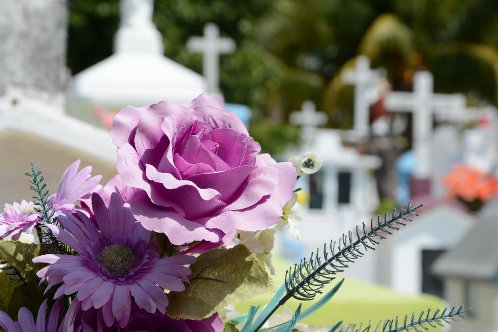 Día de la Madre: Gobierno ordena el cierre de todos los cementerios el fin de semana