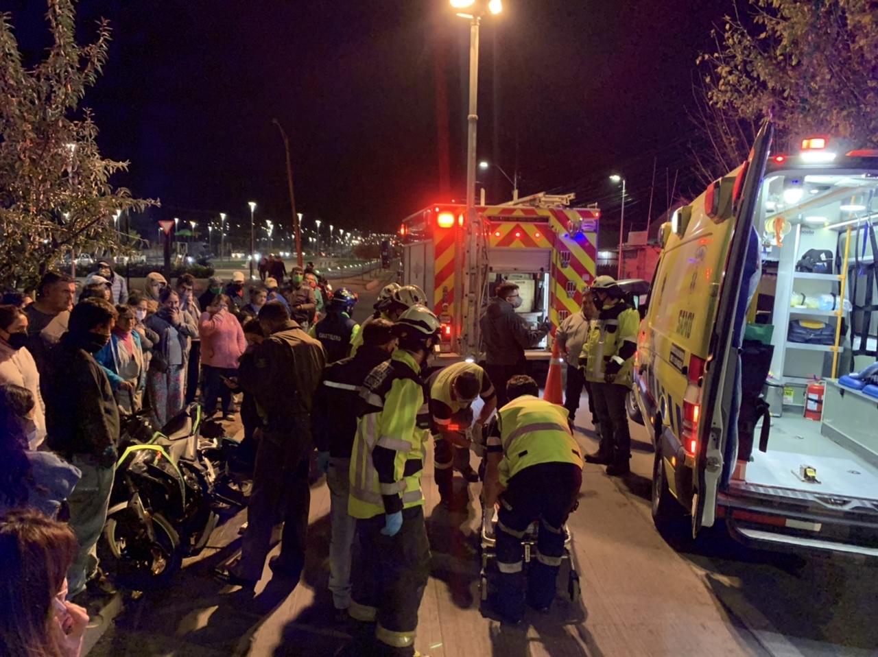 Motorista resulta herido tras ser colisionado automóvil en Los Ángeles