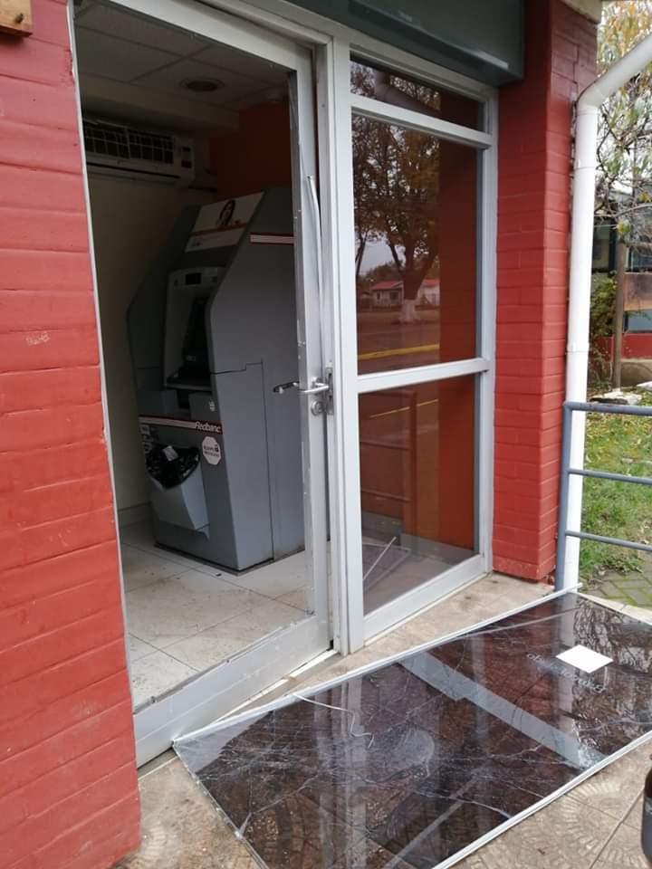 Delincuentes vandalizaron el único Cajero Automático que posee Quilleco