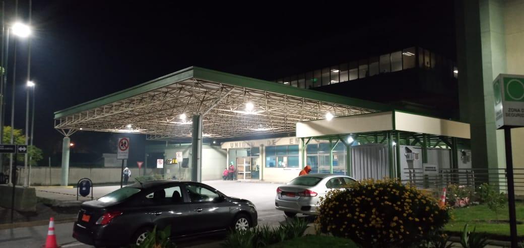 Situación del Hospital de Los Ángeles: 3 funcionarios positivos y 28 en cuarentena