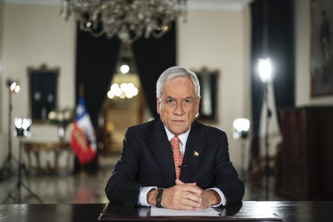 Presidente Piñera anuncia masivo paquete de ayuda para enfrentar la pandemia