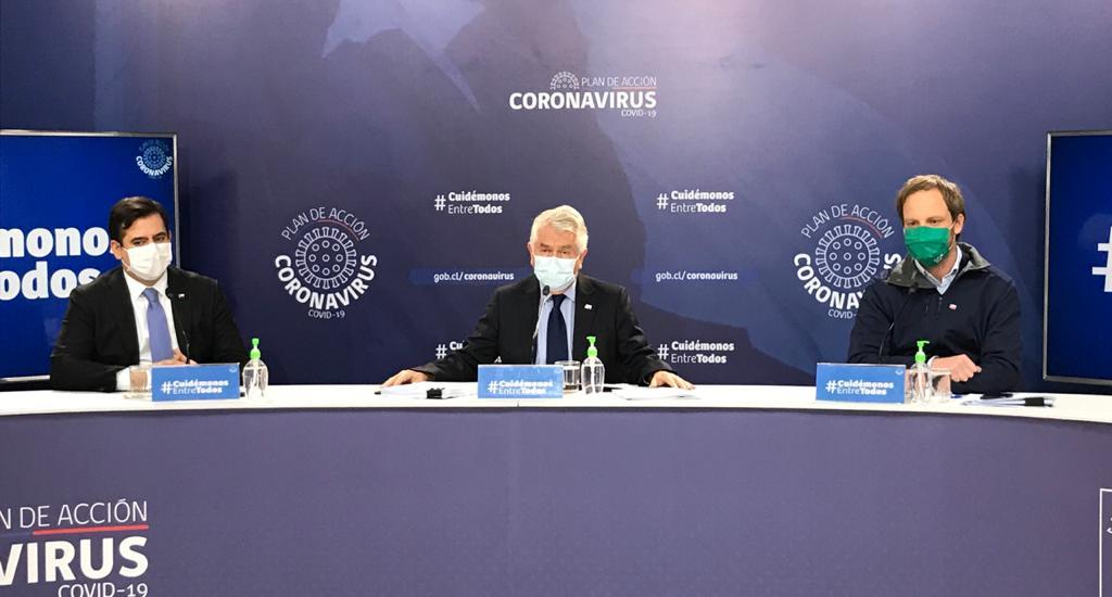 Minsal decreta cuarentena total para tres comunas del país
